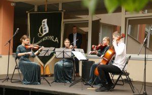 Rugsėjo 1-ąją Muzikos mokykla plačiai atvėrė duris būsimiems pirmokams